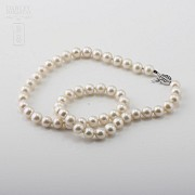 Necklace with Natural pearls and closure 14K white gold - 3