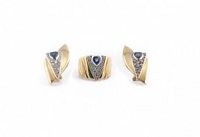 Juego de anillo y pendientes con zafiros y diamantes en oro amarillo 18k.