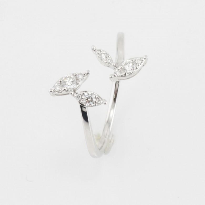 Original anillo oro blanco 18k y diamantes - 1