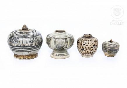Lote de recipientes con decoración vidriada, Sawankhalok, s.XIV-XVI