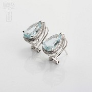 Earrings with aquamarine 4.81cts and diamonds in White Gold