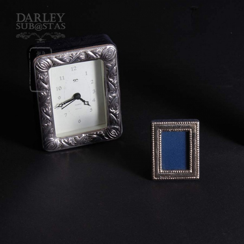 Watch Game and silver photo frames - 1