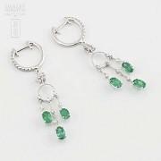 Earrings in 18k white gold, emeralds and diamonds - 4