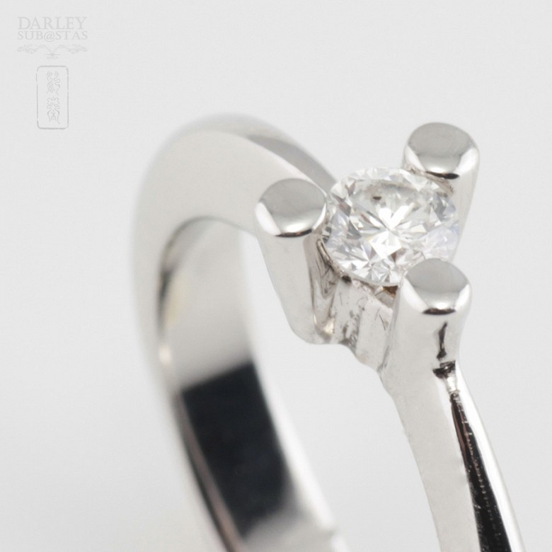 18k白金镶 0.16 克拉鑽石戒指 - 4