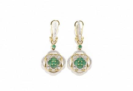 Pendientes en oro amarillo de 18k, esmeraldas y diamantes.