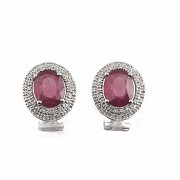 Earrings in 18k white gold with rubies and diamonds