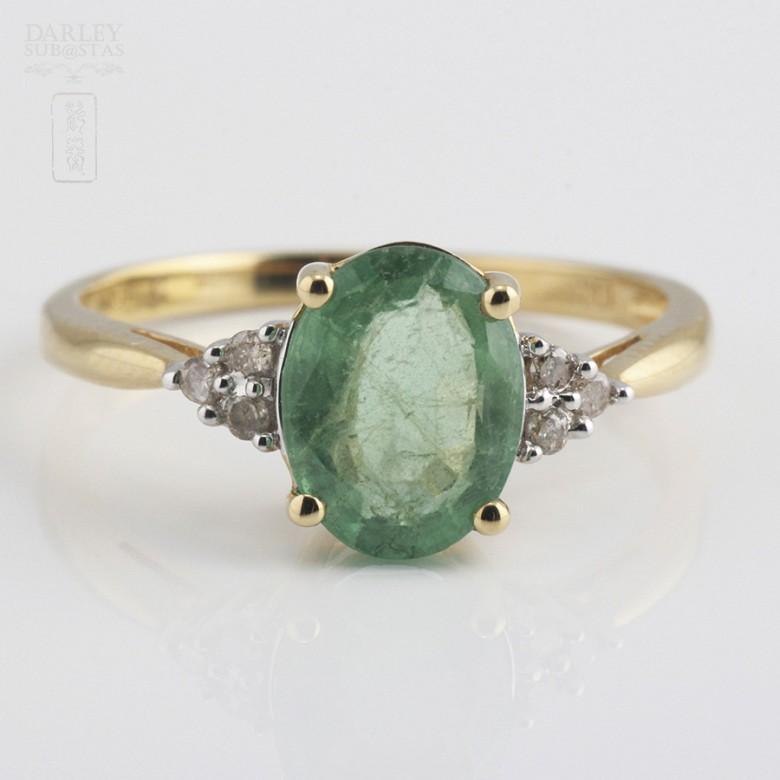 1.78克拉祖母绿配钻石18K黄金戒指
