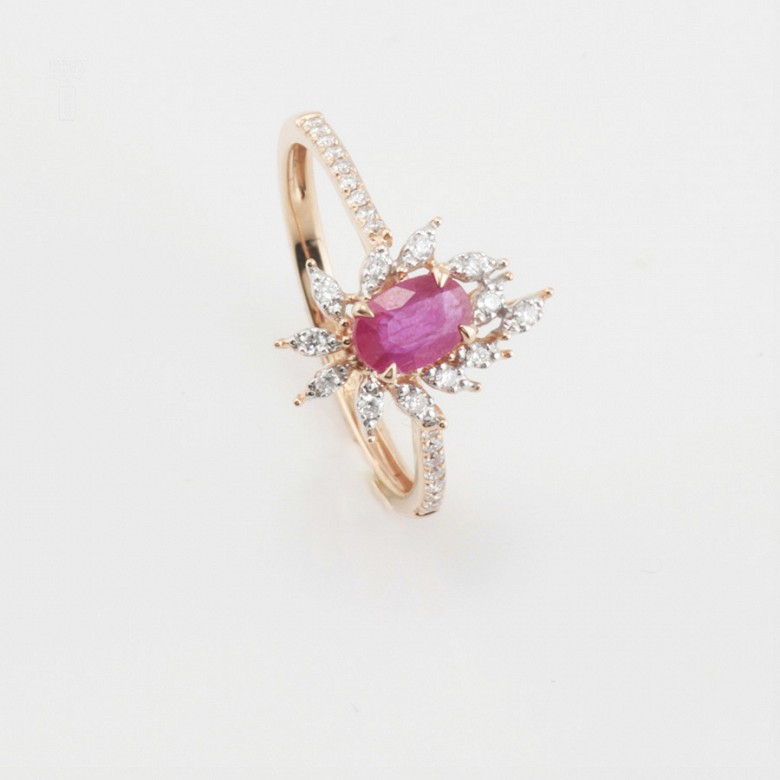 Fantastic 18k rose gold ring, ruby and diamonds