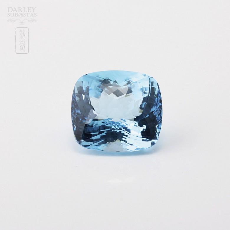 58,11克拉微深蓝色透亮蓝晶