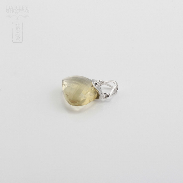 Pendant in 18k White Gold  and Citrine - 3