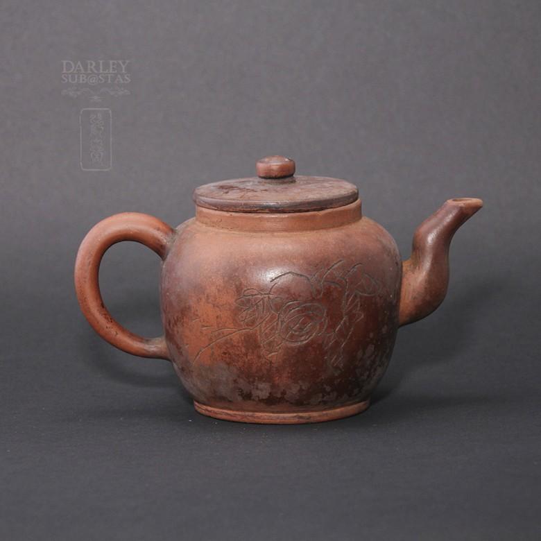 宜兴紫砂老茶壶 - 1