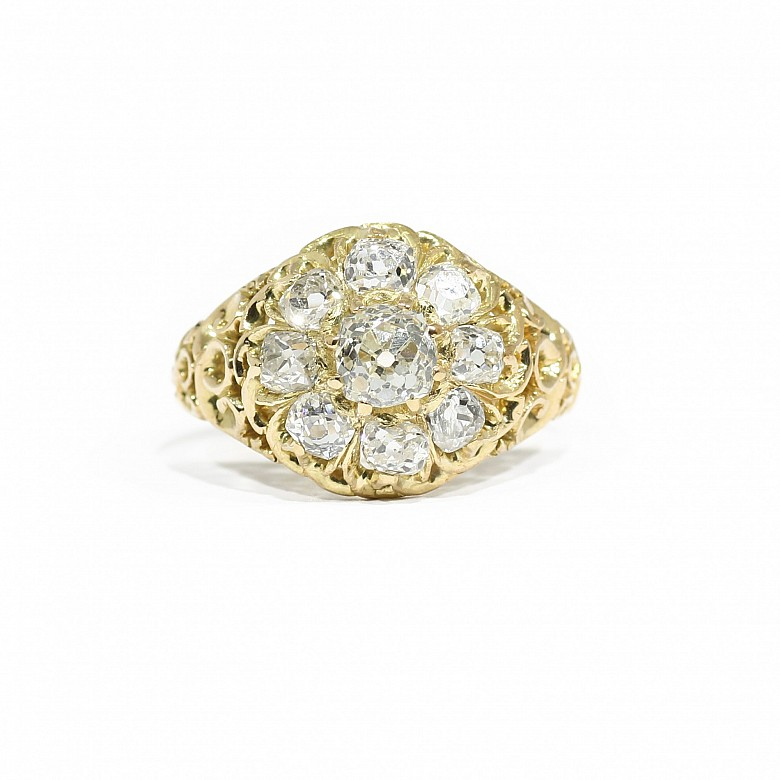 Ring with old cut diamonds, in 18k yellow gold.
