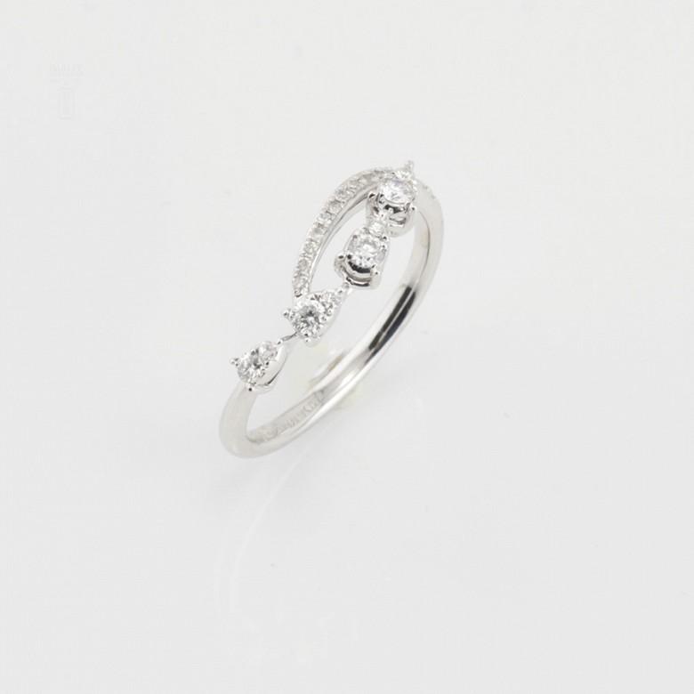 Original anillo en oro blanco 18k y diamantes 0.29cts - 3