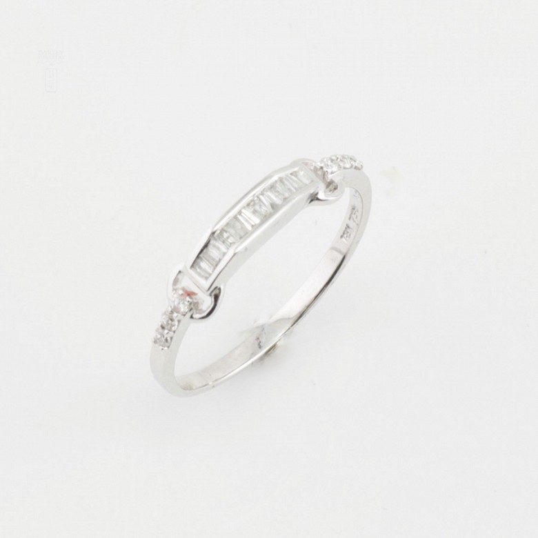 Nice ring white gold and diamonds 0.20cts - 4
