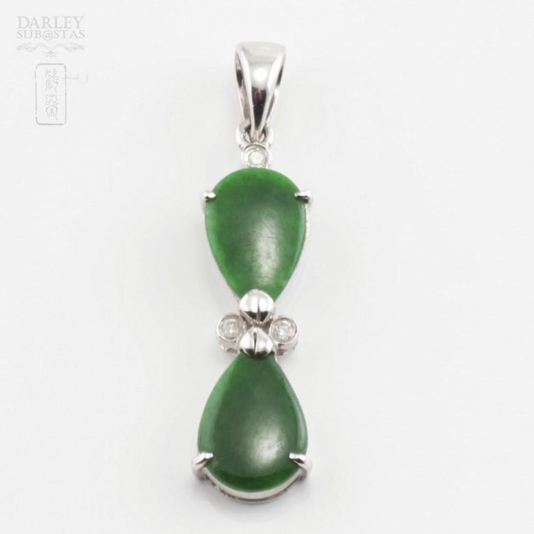 Precioso colgante jadeita y diamantes