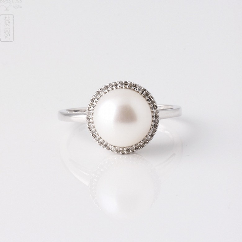 Ring  with pearl and diamonds in 18k white gold - 3