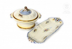 Candy container and tray by Antonio Peyró (1882-1954).