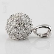 Colgante bola con 0.97cts diamantes - 2