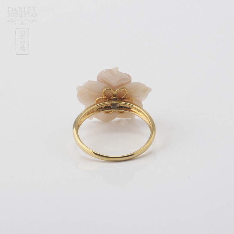 Ring with Pink pearl and diamonds in yellow gold - 3