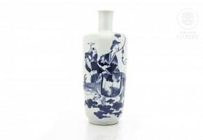 Jarrón de porcelana china, azul y blanco, s.XX