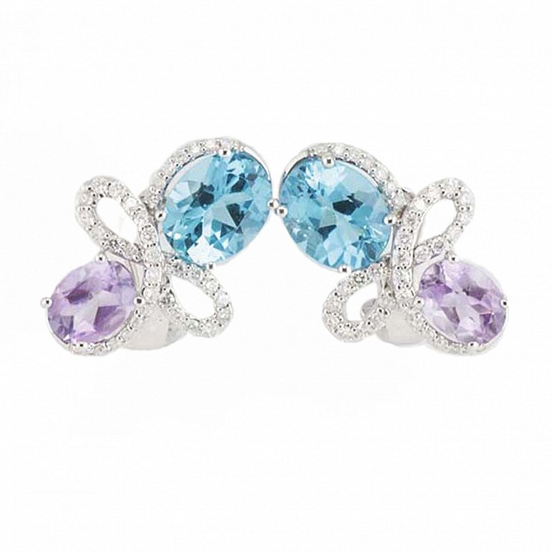 18K白金配 8.27克拉紫蓝色晶石镶钻石耳环