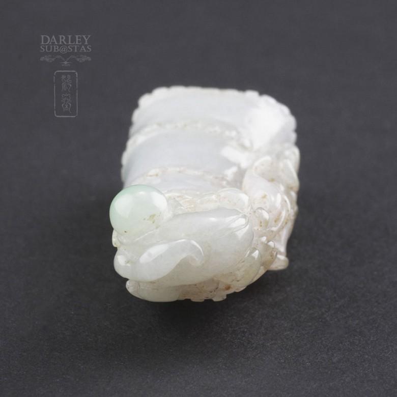 Pieza de Jadeita 100% natural con suave tono lila - 5