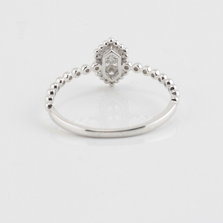 Nice ring 18k white gold and diamonds 0.09cts - 1