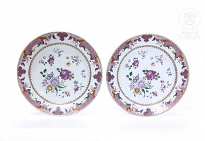 A couple of dishes, Compagnie des Indes, 18th century.