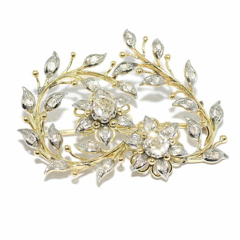 Broche isabelino de oro amarillo de 18k y diamantes