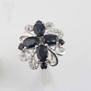 18k白金镶蓝宝石配钻石戒指 - 2