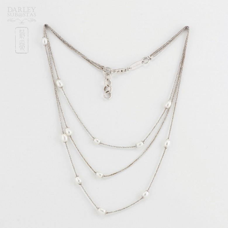 Precioso collar en plata y perlas