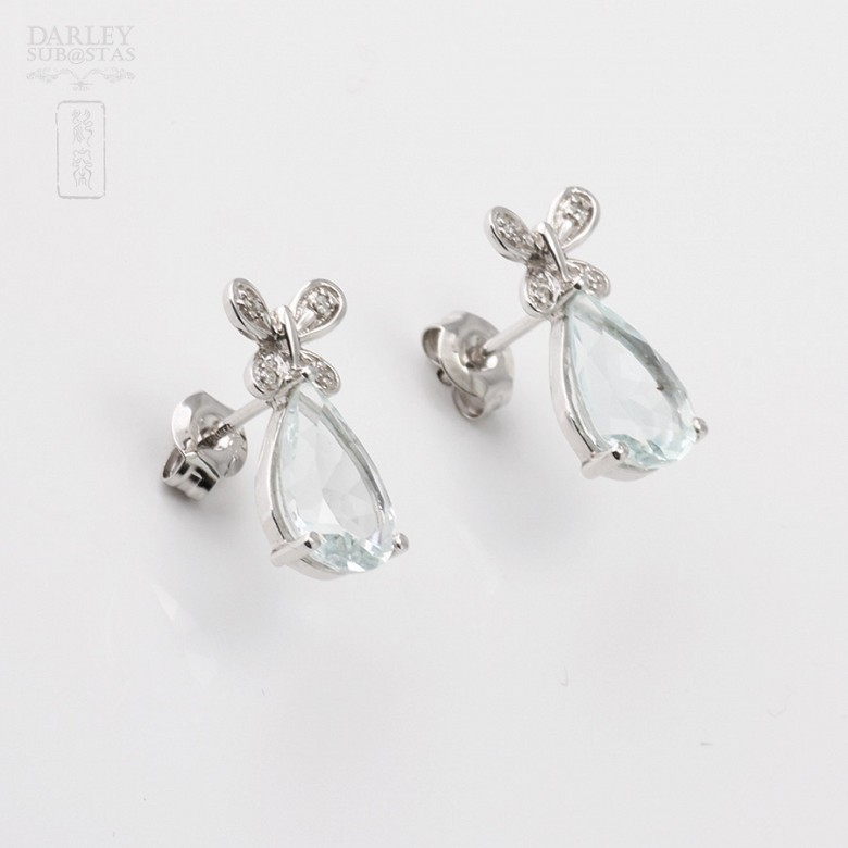 Aquamarine 3.11 cts Earrings in 18k White Gold - 1