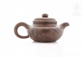 Tetera de barro, China, con sello de Gu Jinzhou.