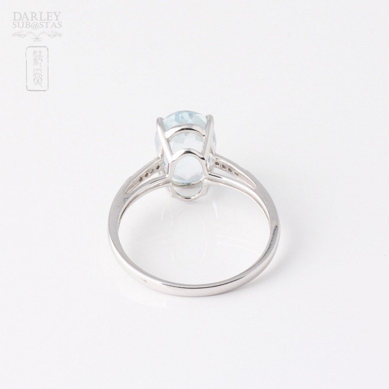Ring in 18k white gold with  2.18cts Aquamarine  and diamonds - 1