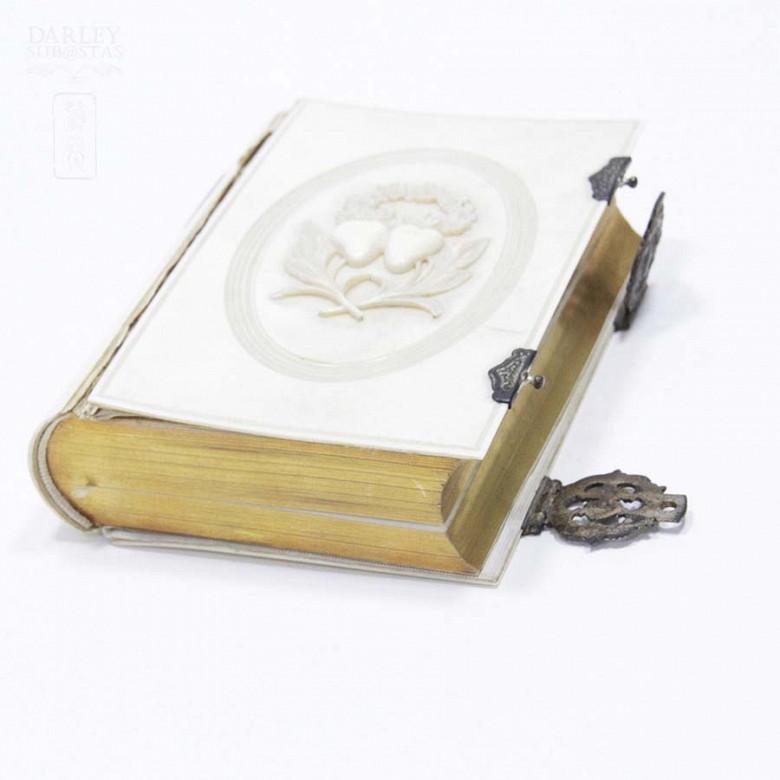 Ivory Missal, meds.s.XIX. - 2