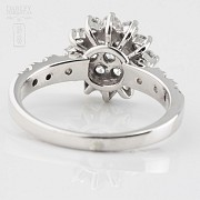 Fantastic ring in 18k white gold and diamonds 1.18cts - 2
