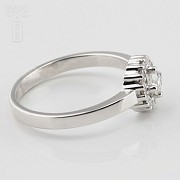 Rose 18k white gold and diamond ring 0.37cts - 5