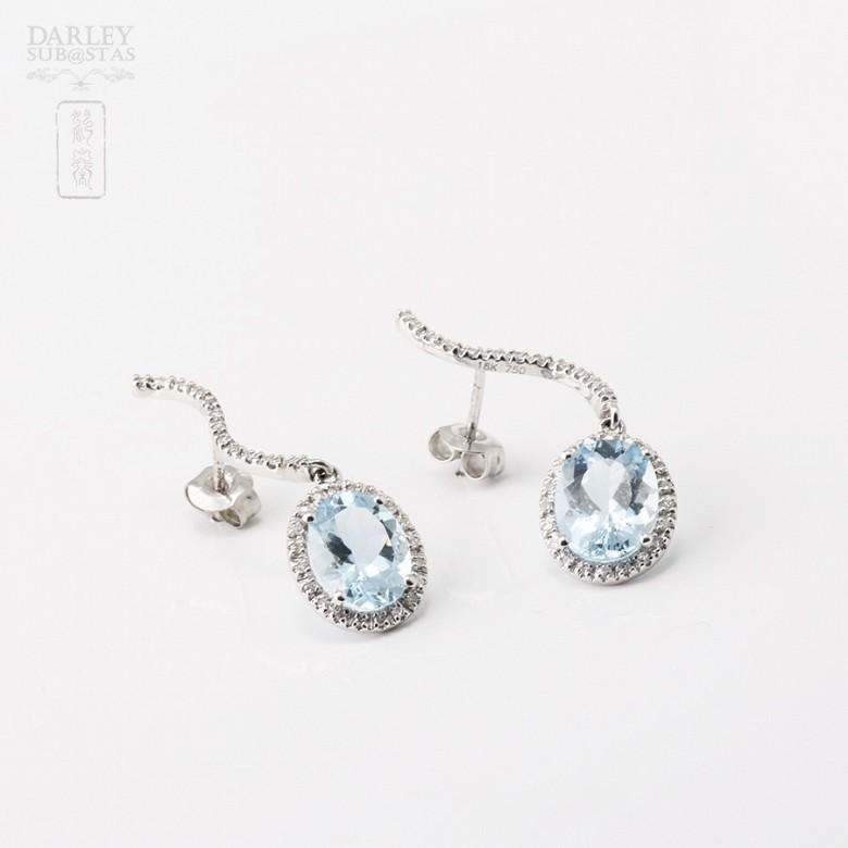 Aquamarine Earrings in 18k white gold and diamonds - 3