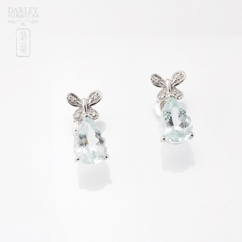 Aquamarine 3.11 cts Earrings in 18k White Gold