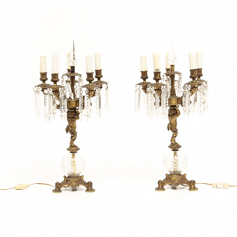 Pareja de lámparas de mesa de bronce, ffs.s.XIX