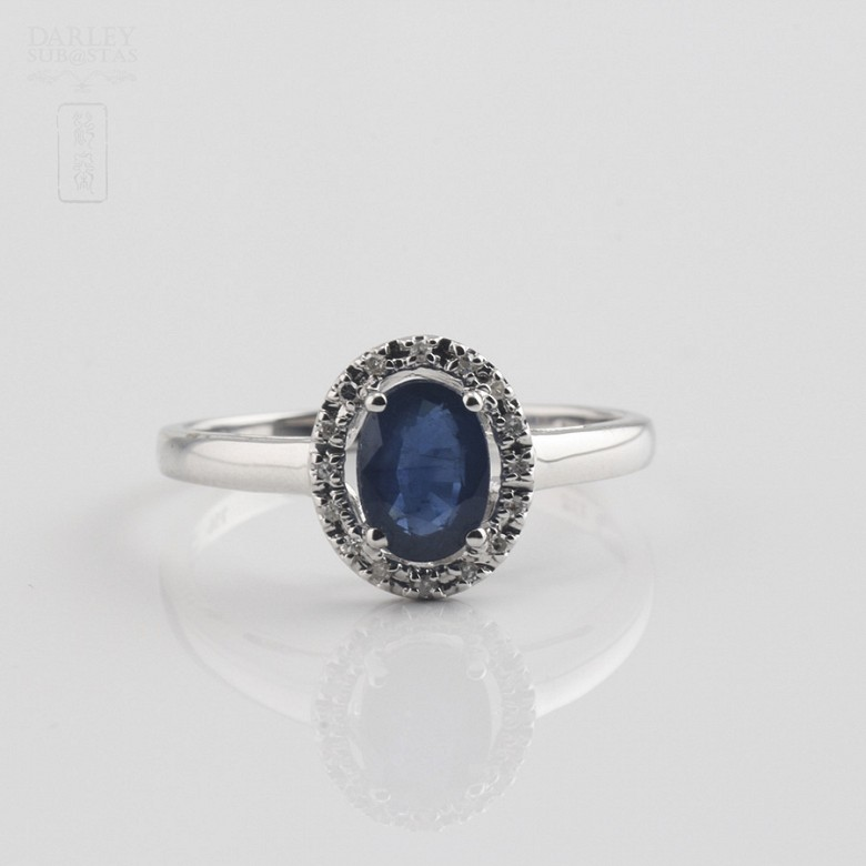 Ring  with sapphire 0.93cts and diamond in white gold - 3