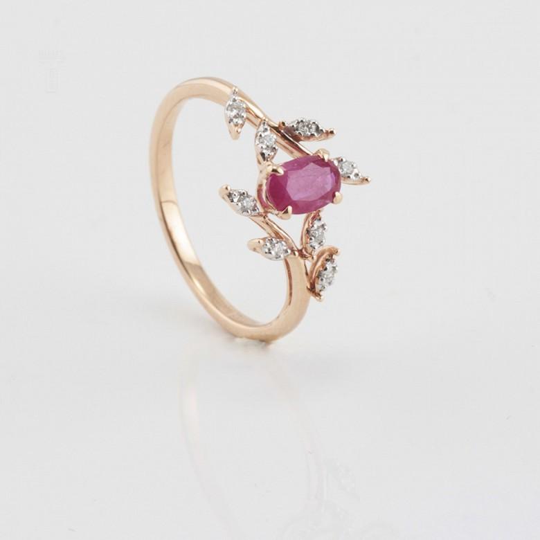 Precioso anillo en oro rosa 18k, rubí y diamantes - 3
