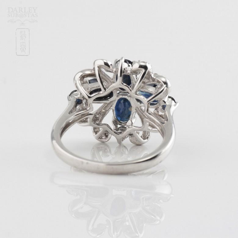 18k白金镶蓝宝石配钻石戒指 - 3