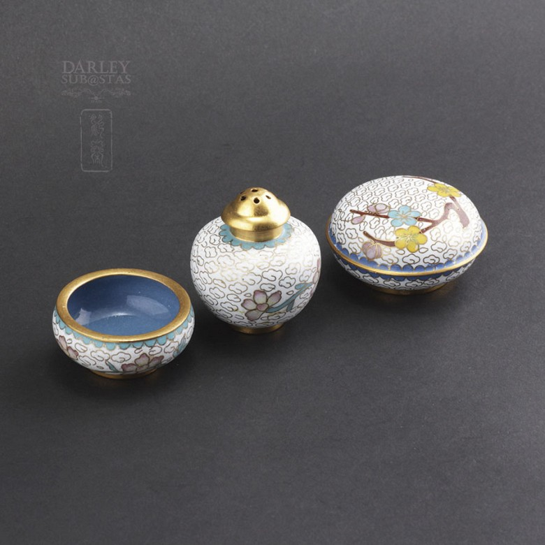 Three nice pieces of cloisonne - 2