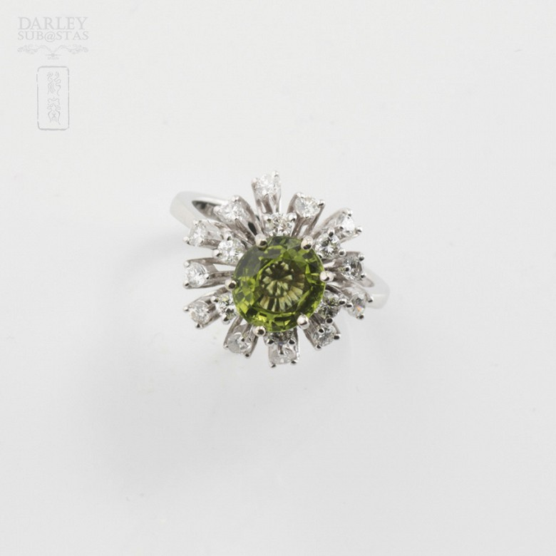 Peridot and Diamond Ring - 4