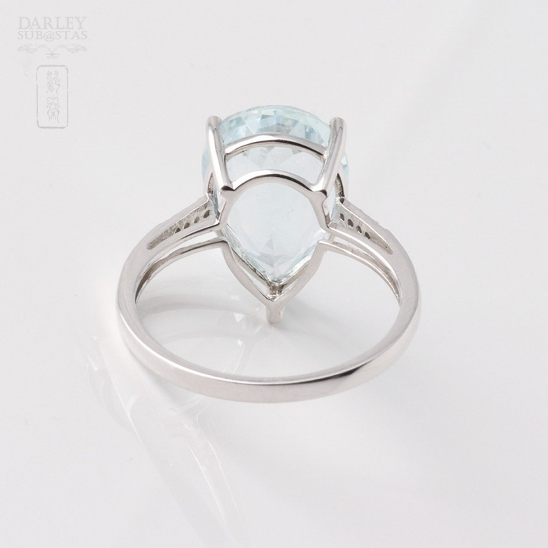 Ring in 18k White Gold with  4.19cts Aquamarine and Diamond - 1