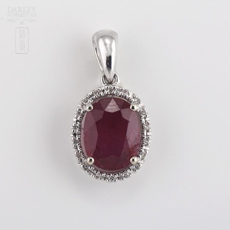 2.36克拉天然红宝石配钻石18K白金挂坠 - 3