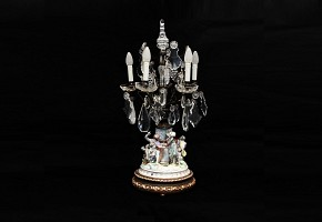 Capodimonte porcelain table lamp and glass.
