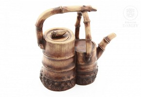 Tetera realizada en barro de Yixing, China.