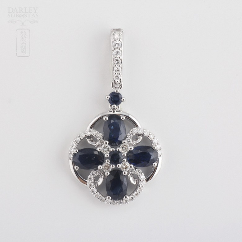 Pendant  sapphire2 .85cts and diamond  in white gold